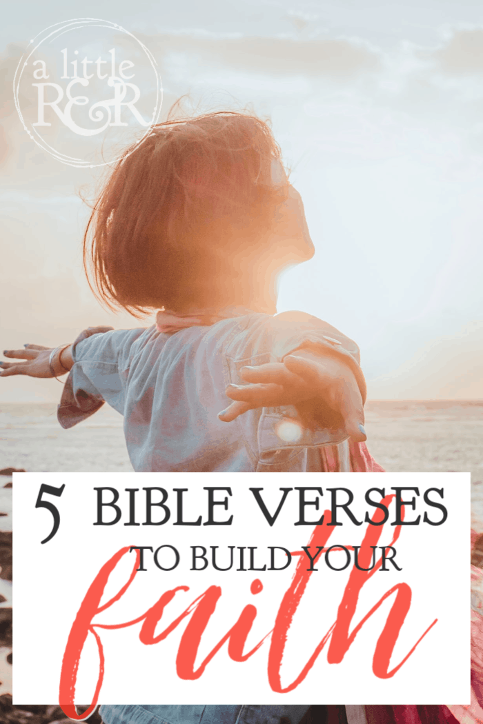 Life can be hard and we can go through seasons when we feel like we can't go on. Here are 5 Bible verses to build your faith in the hard times. #faith #Bible #warroom #prayer #Scripture #Christian #Christianliving #Jesus